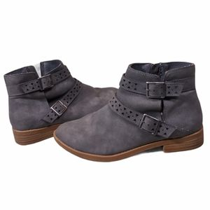 American Eagle Outfitters Ryker Ankle Boot Size 8
